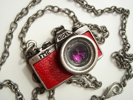 Vintage antique style camera pendant necklace mozeypictures Image collections